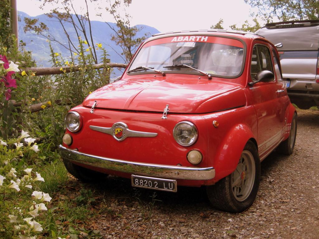 Fiat_500_Marlinger_Waalweg.JPG