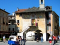 Orta_San_Giulio_Piazza _Motta_2008.JPG